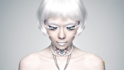 topshot_photography_studio_asian_girl_model_white_hair_futuristic_wig_potrait%2B%289%29.jpg